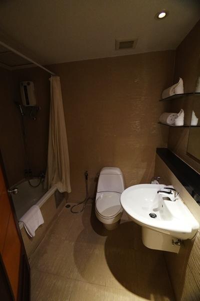 ザ キー バンコク(he Key Bangkok)のトイレ・シャワー