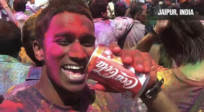 「コカ・コーラ」をテーマに世界を旅した男