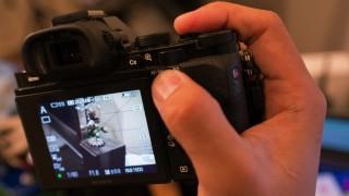 Sony α7での親指AFの設定方法