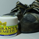 クサイにおいの靴は消臭・除菌パウダー『グランズレメディ』で解決!