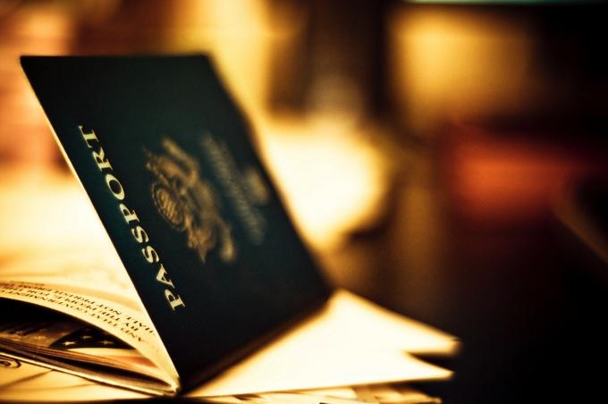 旅行 持ち物 パスポート 必須