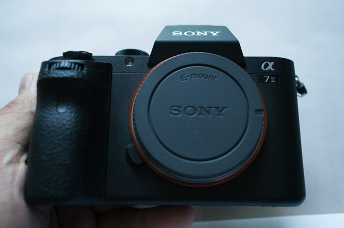 違い 比較 Sony α7 Ⅱ ILCE-7  ILCE-7M2 レビュー 外観 質感
