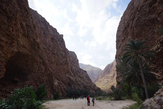 ワディ・シャーブ wadi shab オマーン トレッキング