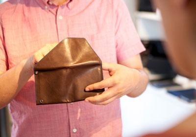 海外旅行 財布 中身