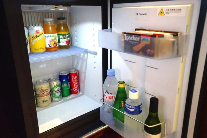 シェラトングランデ台北ホテルの冷蔵庫