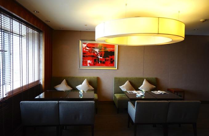 シェラトングランデ台北ホテルのクラブラウンジのソファ